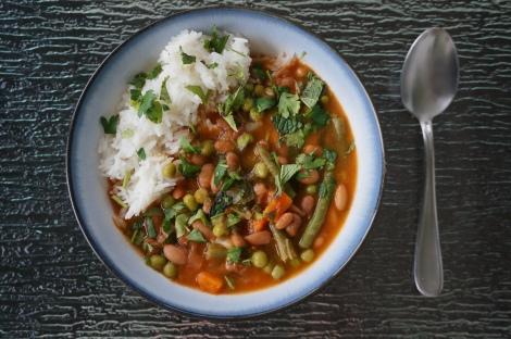 Mexican bean soup, albondigas-style
